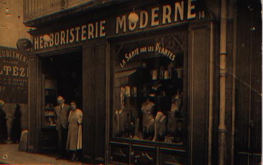 Photo ancienne de l 39 herboristerie - Comptoir de l herboristerie ...